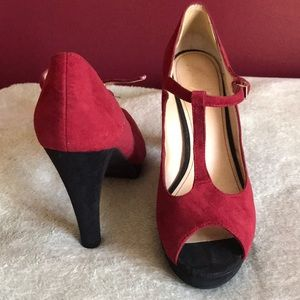 Marc Fisher Shoes - 👠Marc Fisher Pump 👠